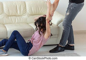 saisir, homme, agressif, alcoolique, épouse, sien, mensonge, abus, concept, conjugal, plancher, violence, -