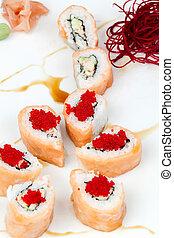 Sake Kani Roll 2