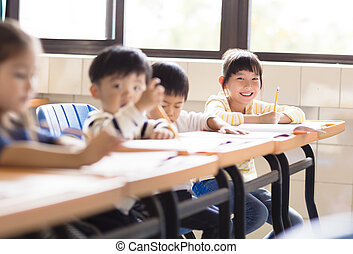 sala aula, menininha, estudante, feliz
