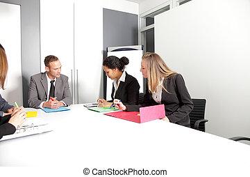 sala reuniões, businesspeople