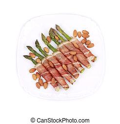 Salad with asparagus.