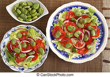 Salad with broad bean. - Salad with broad beans, tomatoes...