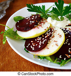 salad with green apple and fresh beets