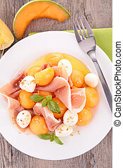 salad with melon, mozzarella and prosciutto