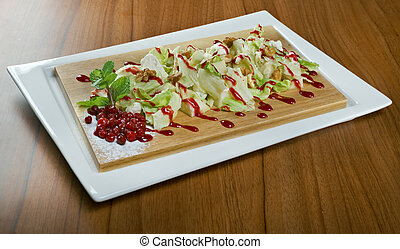 salad with pears, walnuts