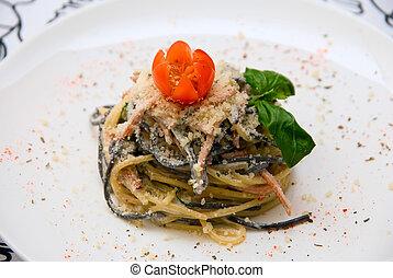 Salad with spaghetti