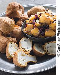 salada, cogumelo, couve flor, pakoras-, romã, manga,...