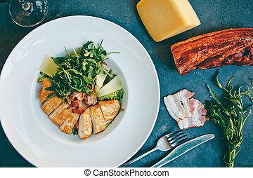 salada verde, caesar, pretas, tabela, galinha