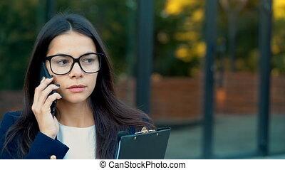 salaire, concept, attentivement, bureau affaires, mobile,...