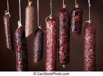 salame, vario, salsicce, appendere