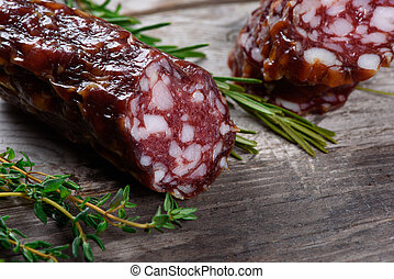 salami., saucisse sèche, sur, a, table bois