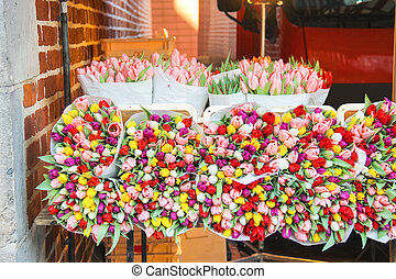 Sale of tulips in the Dutch market.
