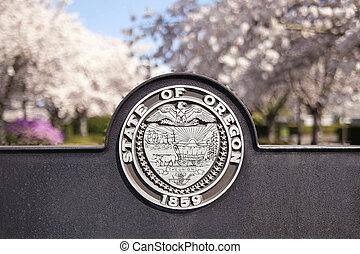 SALEM, OREGON - MARCH 23, 2014: Seal of the State of Oregon Sign at Salem Oregon State Capitol State Park Closeup