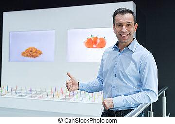 salesman at vaporizer exhibit