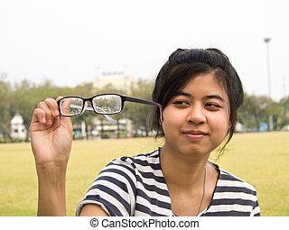 saleté, elle, vérification, lunettes, leur, girl, essayer
