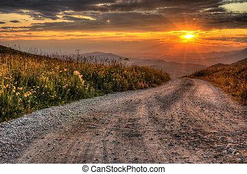 salida del sol, en, montañas rocosas