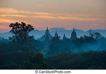 salida del sol, encima, antiguo, bagan, myanmar
