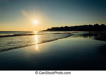 salida del sol, encima, el océano atlántico, en, york, maine.