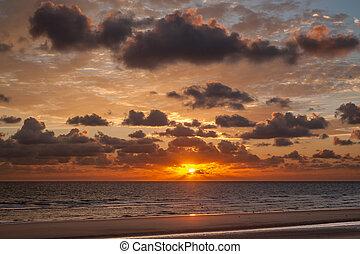 salida del sol, playa, omaha, normandía, francia