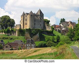 Salignac, Castle, Village