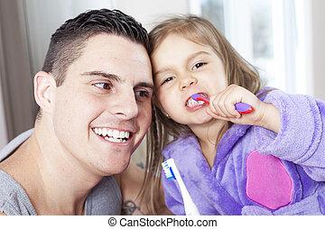 salle bains, sien, fille, père, propre, dents