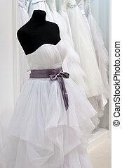 salle exposition, robe, mannequin, mariage