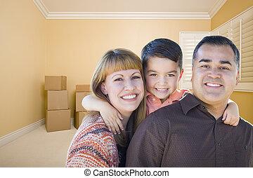salle, famille, jeune, boîtes, course, en mouvement, mélangé
