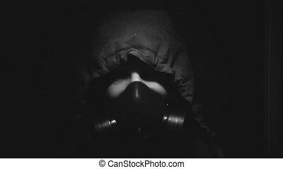 salle sombre, masque, essence, chimique, protection, homme