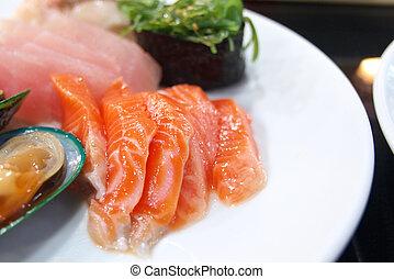 salmão, sashimi