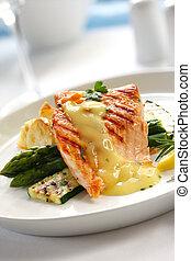 salmón, cena