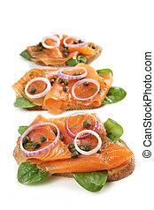 salmón fumado, aperitivo