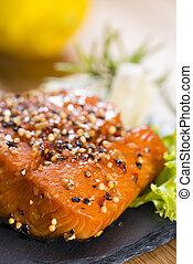 salmón fumado
