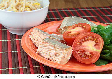 Salmon and bean sprouts