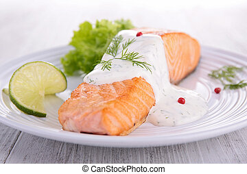 salmon fillet with dill sauce
