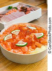 Salmon roe don