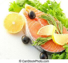 salmone, con, uno, limone, ogive, e, rosmarino, su, uno, sfondo bianco