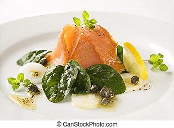 salmone, insalata