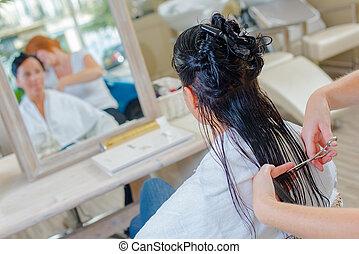salon cheveux, femme