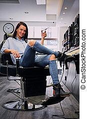 salon., coiffeuses