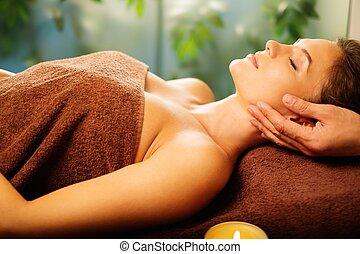 salon, vrouw, jonge, gezicht, spa, hebben, masseren