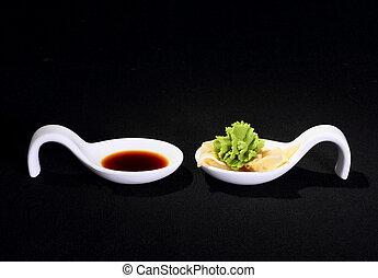 salsa soia, nero, wasabi, fondo