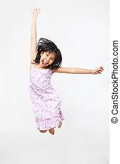 saltando alto, alegre, criança