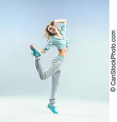 saltar, atleta, mujer, con, perfecto, cuerpo