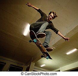 saltar, patinador
