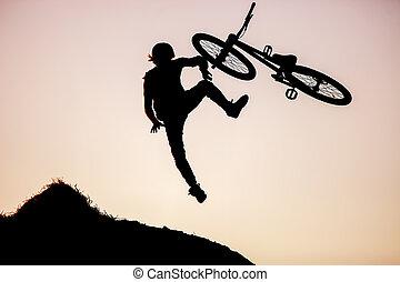 salto, fazer, cavaleiro bicicleta, extremo