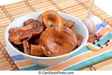 salty forest mushrooms (Lactarius deliciosus)