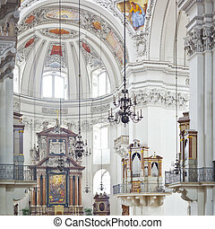 An inside image of the Dom in Salzburg