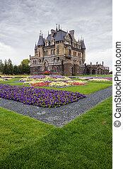 SAMARA, RUSSIA - SEPTEMBER 10, 2015: Tourist center Castle Garibaldi in a village near Togliatti