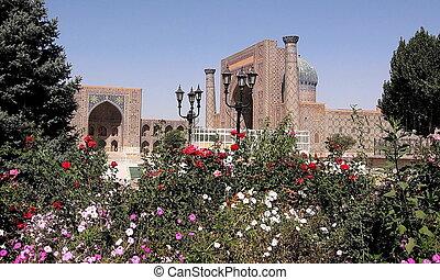 Samarkand Registan September 2007 - Registan Tilla-Kori...
