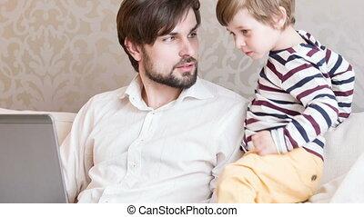 samen, papa, zoon, werkende